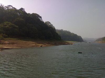 lago di peryar